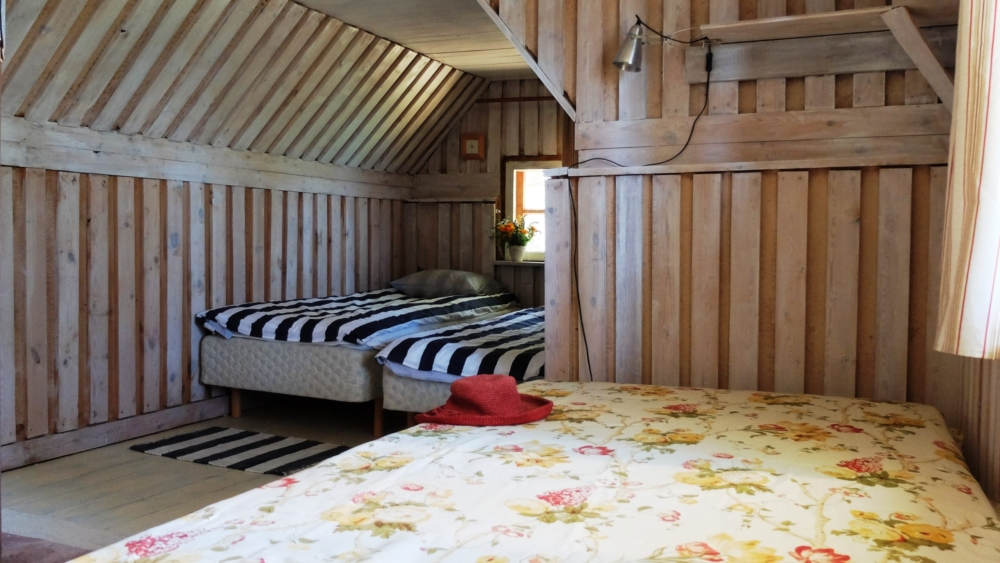 2 voodiga tuba ruhnu majutus